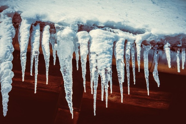 icicle-3819301_640